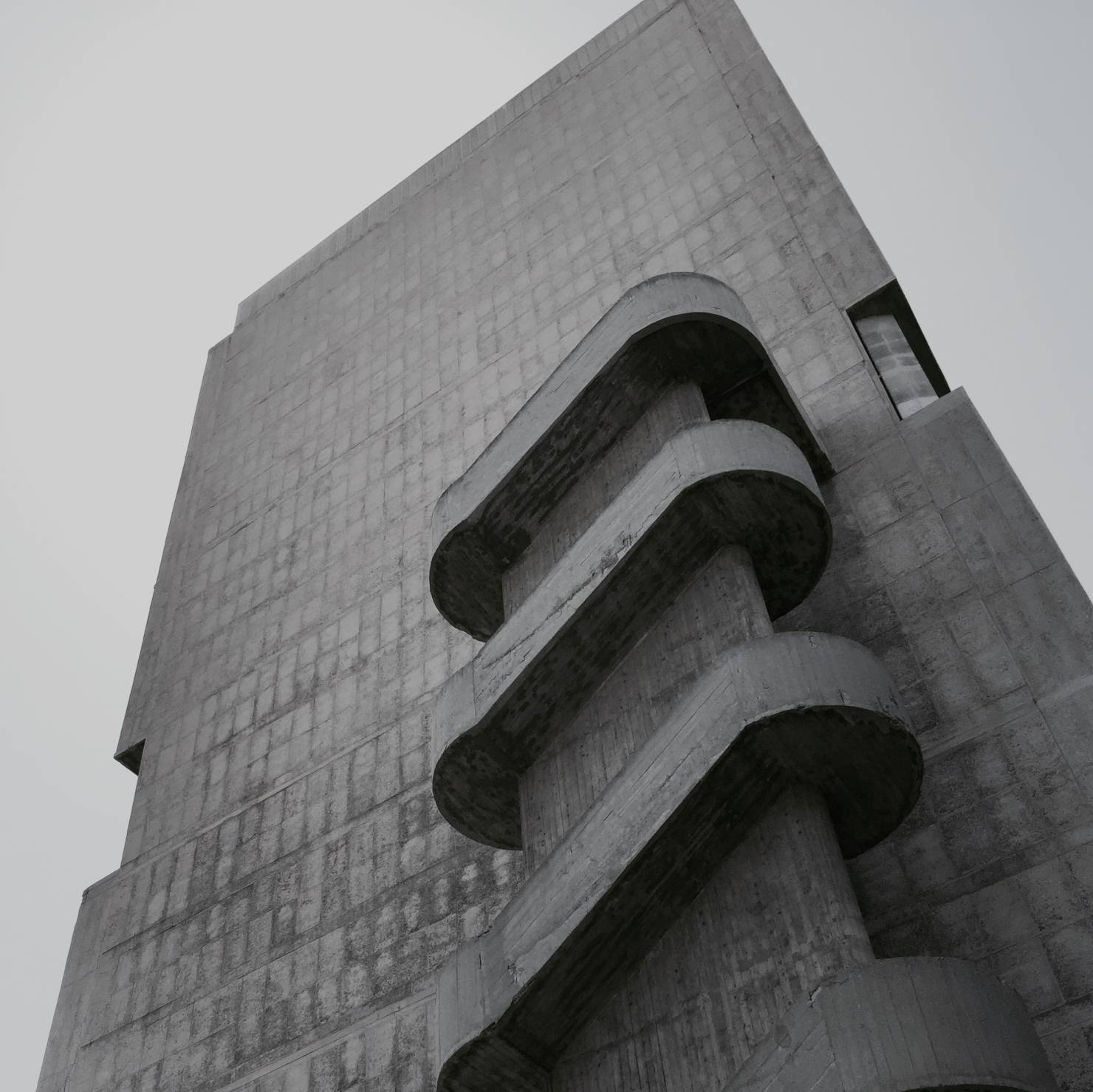 le_corbusier_unite_d-habitation_marseille_patrick_schuttler_001-5dabea2ba3e991629122fdd5c4cf9dbb